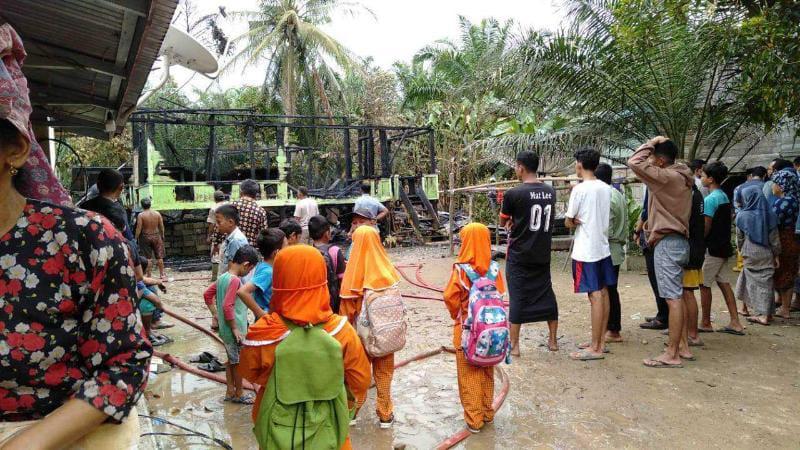 Penampakan Rumah milik Ramaini, warga Kelurahan Mampun, Kecamatan Tabir, Kabupaten Merangin, Provinsi Jambi, Jum'at (17/9/21). FOTO : Benuanews