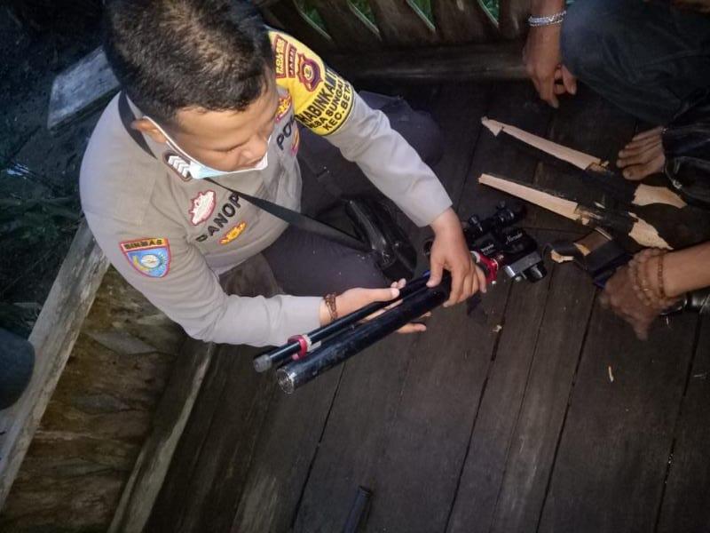Barang Bukti Senapan Angin Milik Korban yang Meledak Diamankan Polsek Betar, Senin (27/9/21). FOTO : POLSEKBETARA