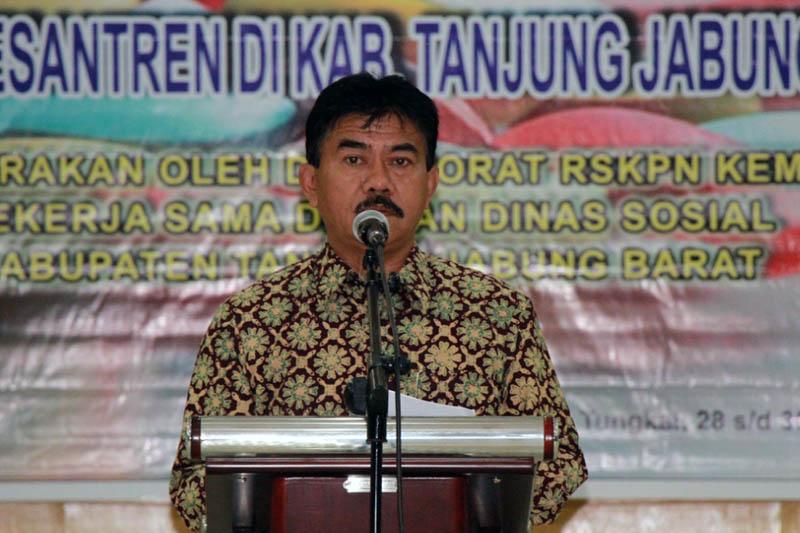 Kepala Dinas Sosial Tanjab Barat Syarifudin, MM