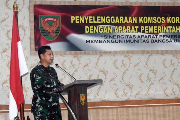 Kepala Staf Korem 042/Gapu Kolonel Inf M. Yamin Dano Saat Membacakan Sambutan Danrem. FOTO : KOREM042/GAPU