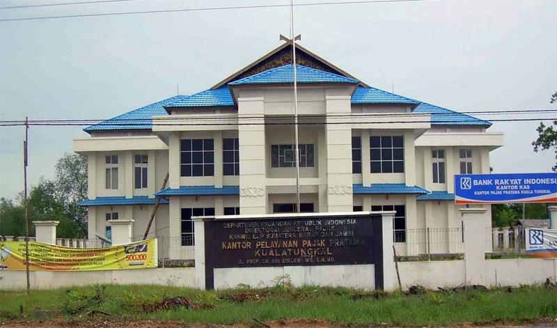 FOTO : Kantor KPP Pratama Kuala Tungkal