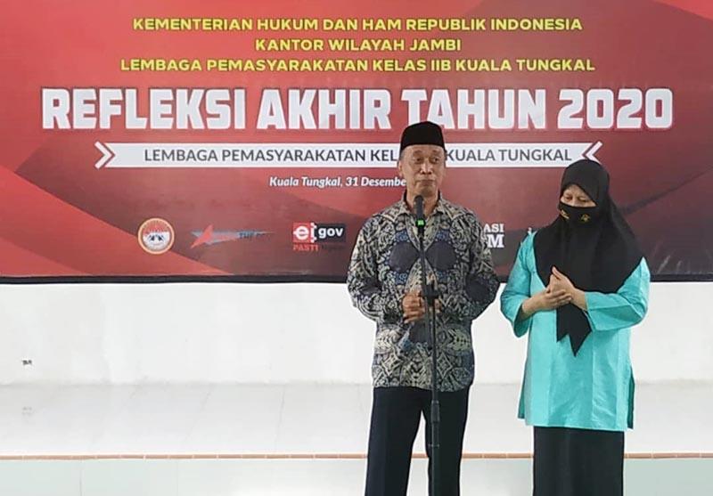 FOTO : Kalapas Iman Siswoyo Bc.Ip, SH Kelas IIB Kuala Tungkal Saat Memberikan Sambutan/IG Lapas Ktl