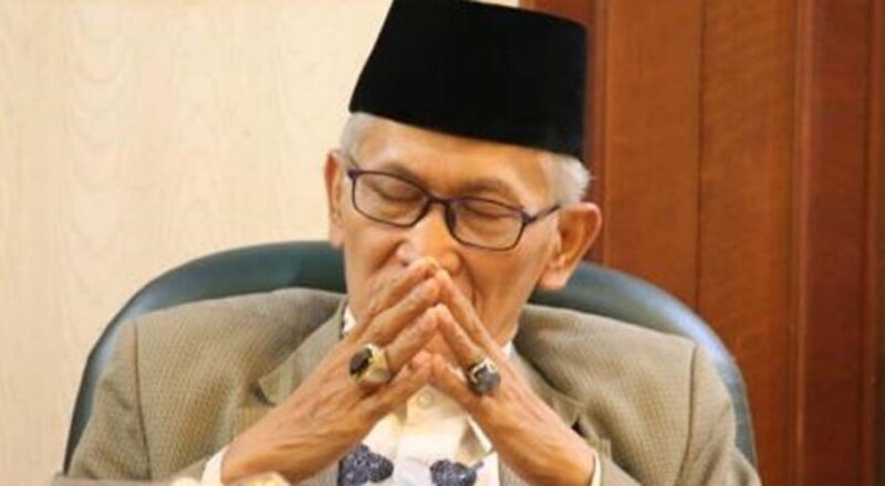 Ketua Umum Majelis Ulama Indonesia (MUI), KH. Miftachul Akhyar. SUMBER : ROMIL.ID