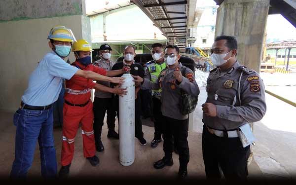PT LPPPI Lanjutkan Penyaluran Oksigen Medis ke Berbagai Rumah Sakit di Provinsi Jambi Untuk Penanganan Pasien Covid-19, Rabu (28/07/21). FOTO : HUMAS LPPPI