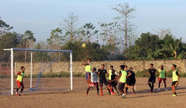 Danstagas Pamtas Yonif 742/SWY Apresiasi Semangat Para Pemuda di Bidang Olahraga, Minggu (29/8/21). DOK