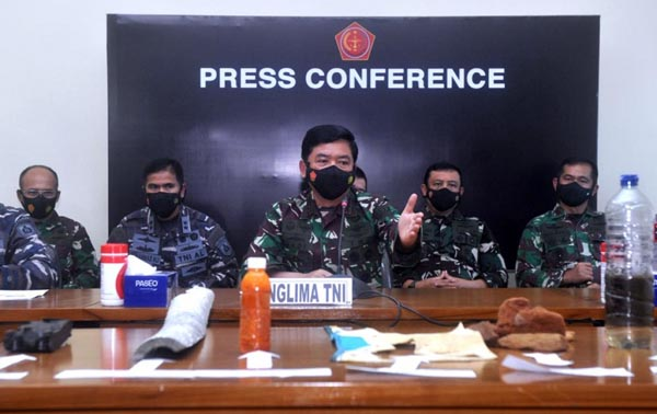 Panglima TNI Hadi Tjahjanto konferensi pers di Mabes TNI Jakarta. FOTO : Istimewa