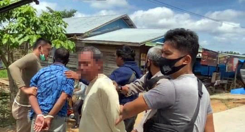 FOTO : Para Pelaku Digelandang Polisi