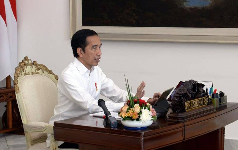 FOTO : Presiden Joko Widodo Menyampaikan Sejumlah Arahan Terbaru Terkait Pandemi Virus Korona atau Covid-19 Dalam Rapat Terbatas Melalui Telekonferensi di Istana Kepresidenan Bogor, Jawa Barat, Senin, 4 Mei 2020