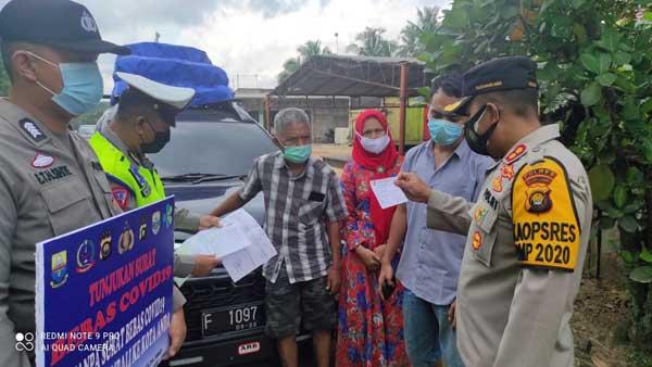 Kapolres Muaro Jaambi AKBP AKBP Ardiyanto Memeriksa Kendaraan yang Mintas. FOTO : Indotimes.co
