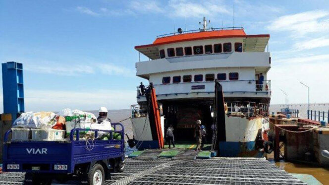 FOTO : Pelabuhan Roro Kuala Tungkal