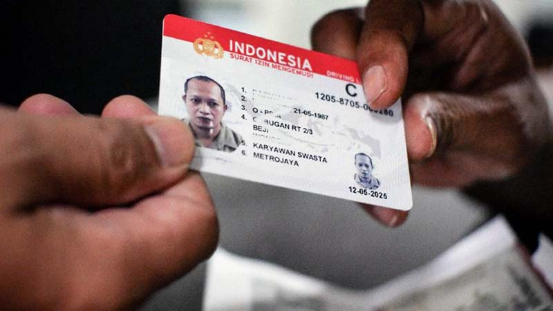 Islutrasi SIM