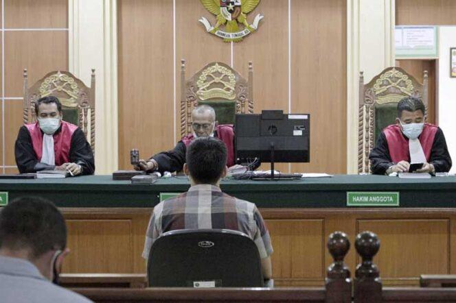 FOTO : Sidang Lanjutan Tersangka Pembajakan Film Visinema Pictures Kembali Digelar di Pengadilan Negeri Jambi, Kamis (28/01/21).