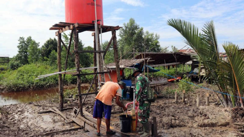 FOTO : Pompa Air Buatan Satgas TMMD ke 108 Kodim 0419/Tanjab Desa Labuhan Pering, Kecamatan Sadu, Kabupaten Tanjung Jabung Timur.