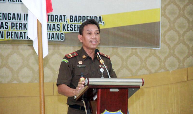 FOTO : Tri Joko, SH, MH, Kepala Kejaksaan Negeri Tanjung Jabung Barat.