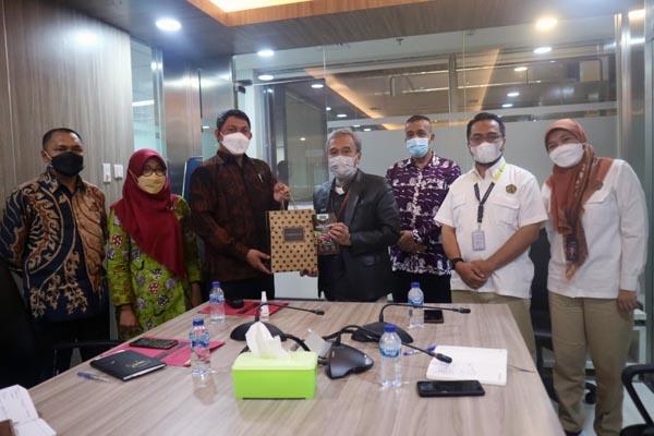 Wakil Bupati Tanjab Barat Hairan, SH Saat Kunker di Kementerian Energi dan Sumber Daya Mineral Republik Indonesia, Kamis, (14/10/21). FOTO : PROKOPIM.
