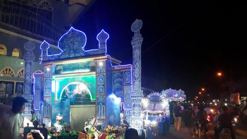 FOTO : Kegaiatan Festival Arakan Sahur Ramdhan Di Kuala Tungkal Tanjung Jabung Barat