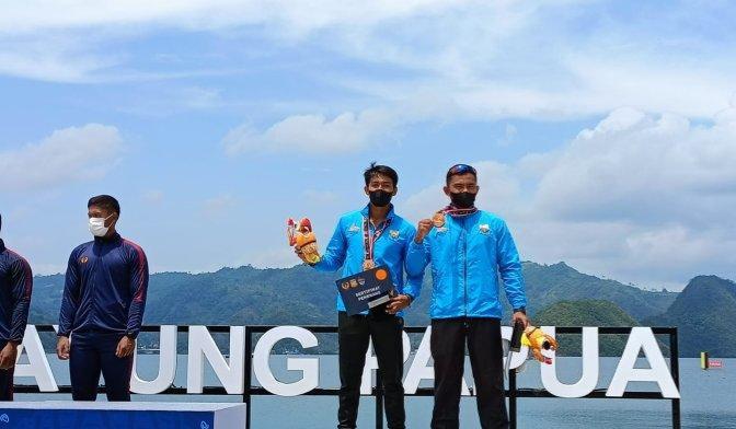 Atlet Dayung Jambi yang berhasil meraih medali Perunggu di PON XX Papua, Selasa (28/9/21).FOTO : Istimewa