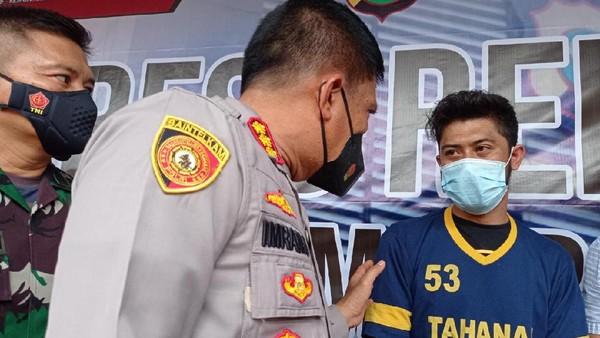 Polisi Tangkap Pelaku Pembuhuhan TNI di Depok. [FOTO : Detikcom]