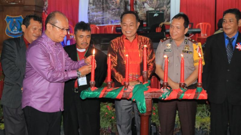 FOTO : Dok. Penyalaan Lilin Perayaan Natal Oikumene di Kabupaten Tanjab Barat Tahun 2018, Senin (10/12/18)