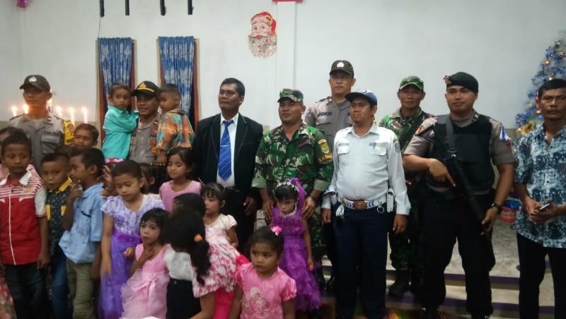 FOTO : Dokumentasi Pengamanan Natal Di Kuala Tungkal, Senin (24/12/18)