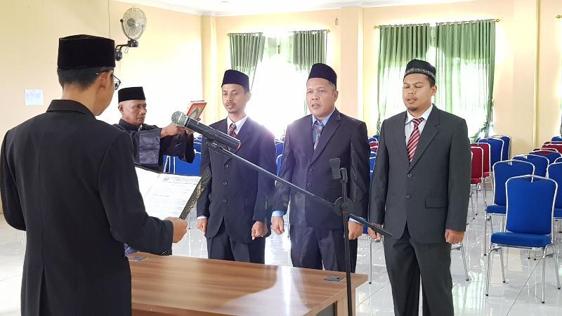 FOTO : Dokumentasi Pelantikan Pejabat Pengawas Bagian PBJ Setda Tanjab Barat, Rabu (02/01/19)