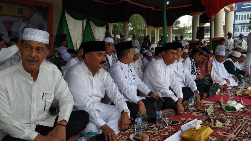 FOTO : Wabup Drs. H. Amir Sakib Saat Hadiri Haul Akbar di Tembilahan Riau, Jumat (04/01/19)