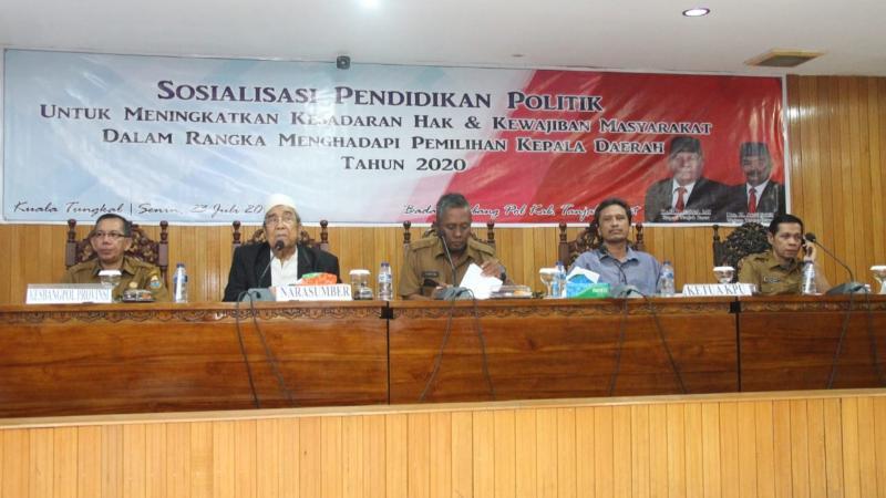 Sosialisasi Pendidikan Politik di Ruang Pola Utama Kantor Bupati, Selasa (23/07/19).