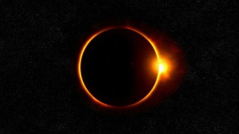 FOTO : Ilustrasi Gerhana Matahari/Ist